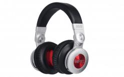 אוזניות מקצועיות AKAI PRO MPC